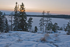 View from Hyökyvuori hill in Kivenlahti village an hour before sunset - Last view 2021-02-24