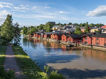 Red warehouses at riverbank of Porvoo - Last view 2020-12-02