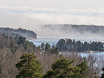 Fog is drifting into Espoo Bay - Last view 2021-02-24