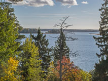 An autumnal view from Tyskyvuori hill to Espoo Bay (Espoo Waterfront Walkway - Rantaraitti) - Last view 2021-02-24